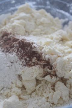 Ajout de la farine